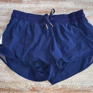 Lululemon Hotty Hot Shorts Size 8